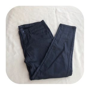 6/$15 NWOT Mossimo 12/31 black jeans